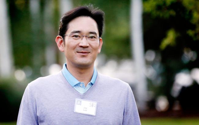 ВЮжной Корее допросили 2-х управляющих Самсунг поделу окоррупции