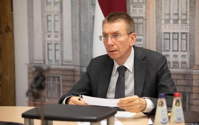 Глава МИД Латвии: РФ - единственная сторона конфликта, которая должна деэскалировать ситуацию