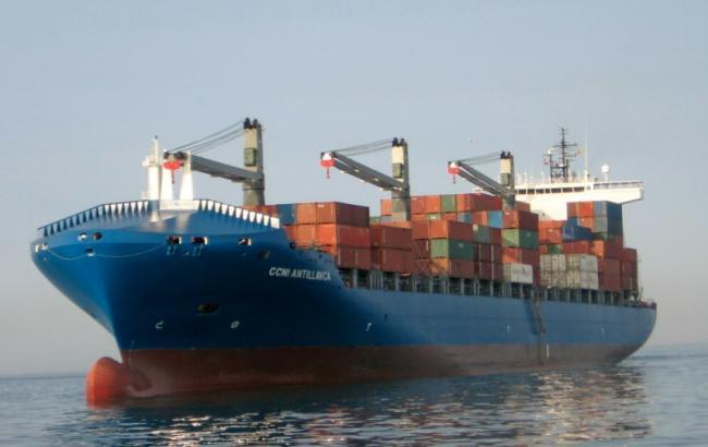 С германского контейнеровоза освобождены шесть моряков, взятые взаложники пиратами