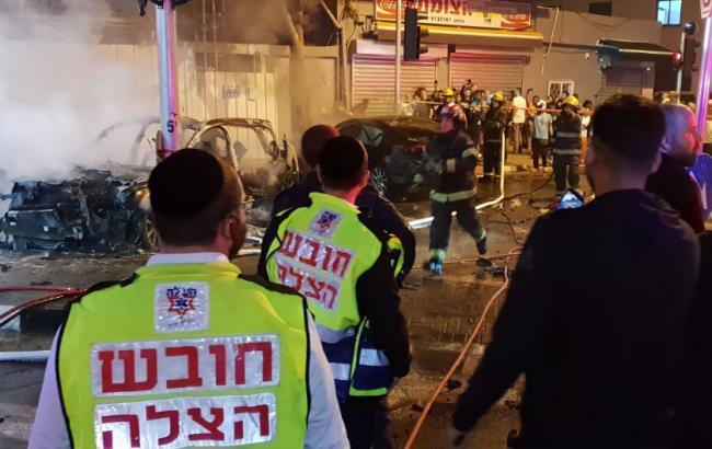ВИзраиле при взрыве автомобиля погибло 2 человека