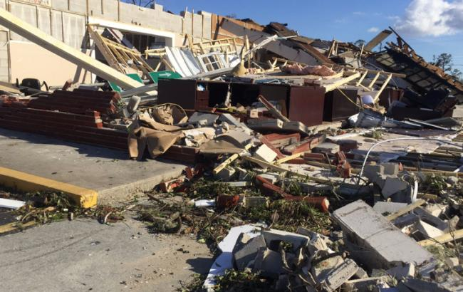 "Фото: наслідки урагану ""Майкл"" (twitter.com/BrookeWINKNews)"