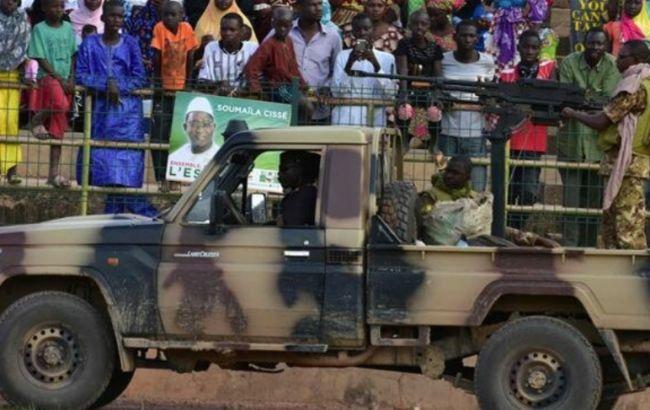 В Малі в результаті нападу бойовиків загинули десятки людей