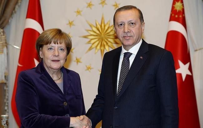 Германия готова оказать Турции помощь вборьбе стерроризмом