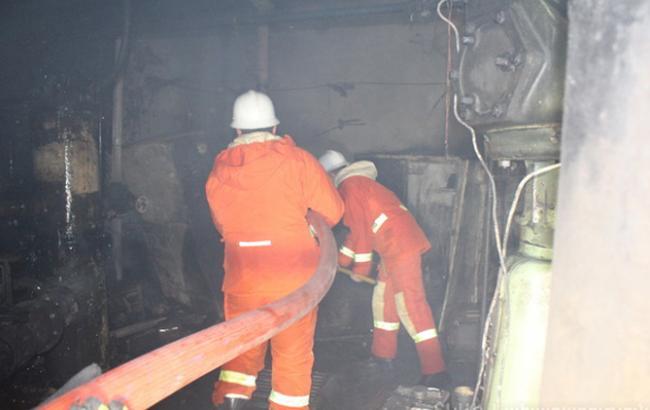 Фото: в Ереване горит крыша здания министерства финансов