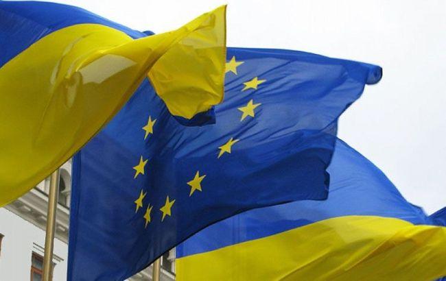 Фото: ЕС и Дания помогут Украине в борьбе с коррупцией