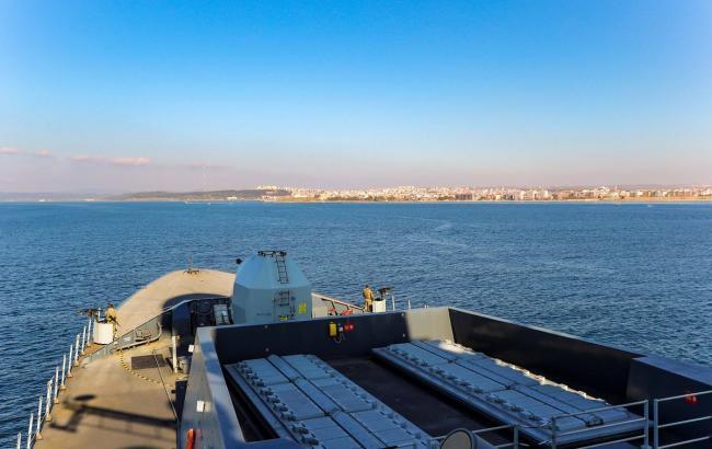 В Черное море вошел британский эсминец