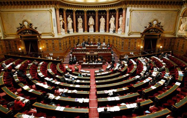 Сенат Франції ухвалив резолюцію, що закликає до пом