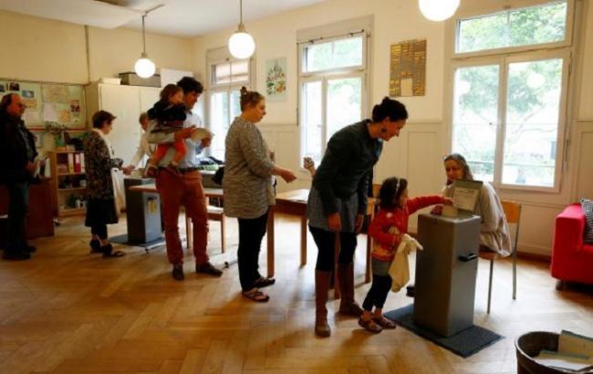 Референдум у Швейцарії: стали відомі перші результати екзит-полу
