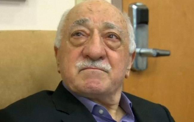 Фото: Туреччина вимагає від США екстрадиції Гюлена