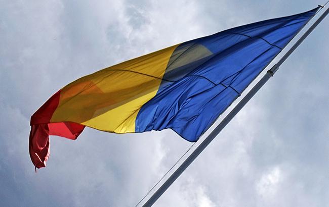 Фото: прапор Румунії (wikimedia.org/Tiia Monto)