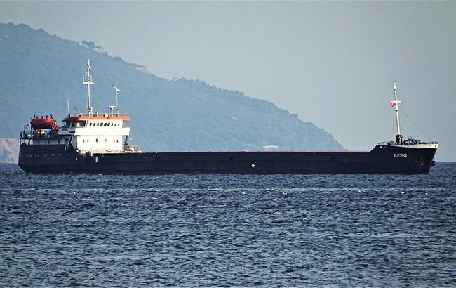 Фото: корабель в Чорному морі (fleetmon.com)