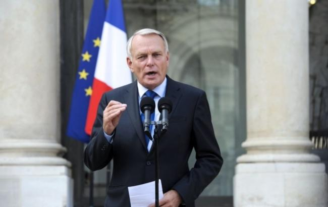 Фото: министр иностранных дел Франции Жан-Марк Эро