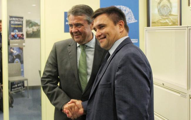 Миротворческая миссия должна размещаться навсей территории Донбасса— глава МИД Германии