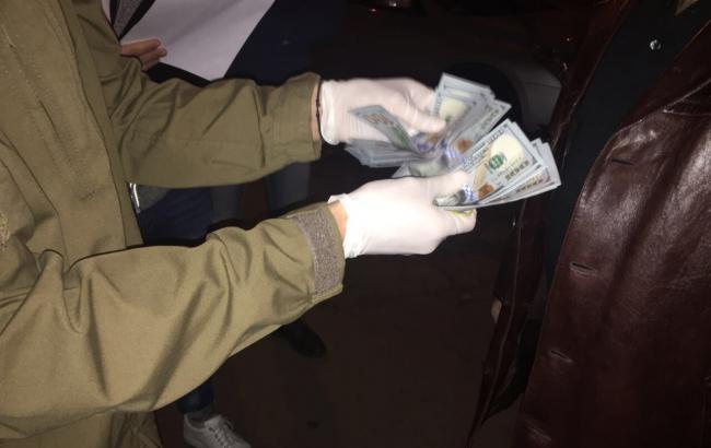 Полковника Генштаба ВСУ задержали на взятке в 3 тыс. долларов
