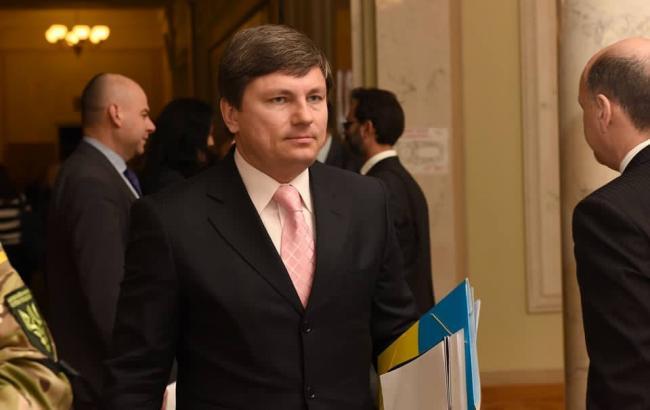 Фото: Герасимов озвучил просьбы Порошенко по рассмотрению законопроектов в Раде