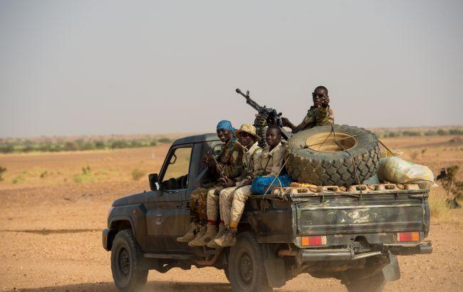 Боевики напали на деревню в Нигере: убиты 19 человек