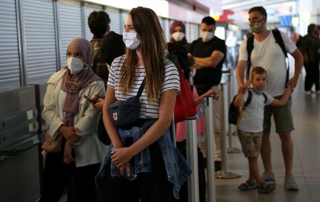 Украинцы с 11 июня смогут ездить в Венгрию со свидетельством о вакцинации