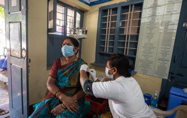 """Індійська вакцина Covaxin захищає від важких симптомів COVID і штаму """"Дельта"""""""