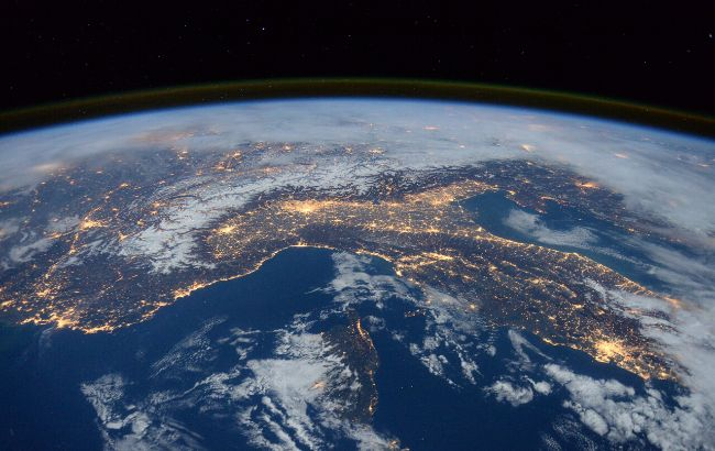 "Найдена вторая ""живая"" планета помимо Земли (фото)"