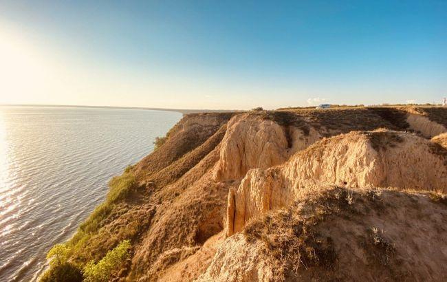 Невероятные пейзажи: пять мест Украины, где идеально проводить лето и встретить осень