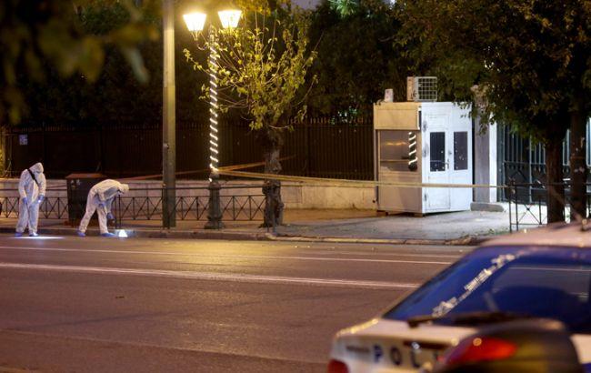 Фото: взрыв гранаты у посольства Франции в Афинах