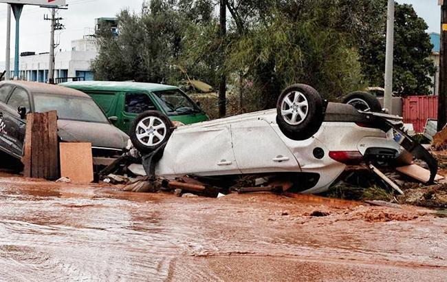 Фото: наводнение в Греции (twitter.com/StPapagianneas)