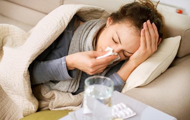 В Украине за неделю гриппом и ОРВИ заболели более 195 тыс. человек