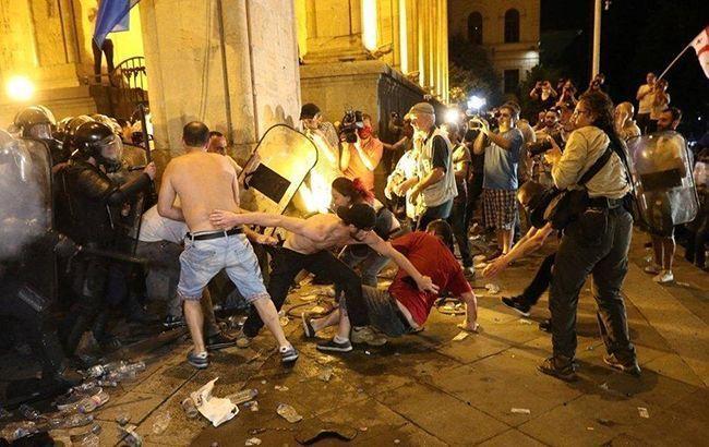 В больницах Тбилиси остаются почти 30 пострадавших