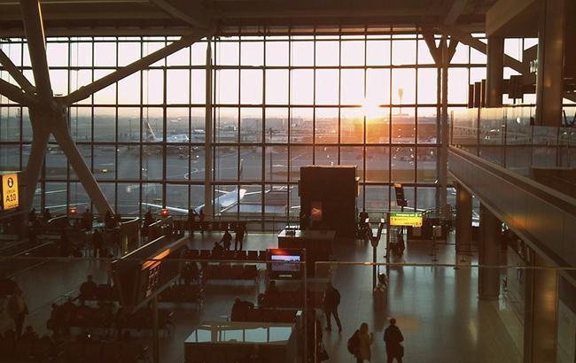 Аеропорт Лондон-Сіті закрили на невизначений термін через бомбу часів Другої світової