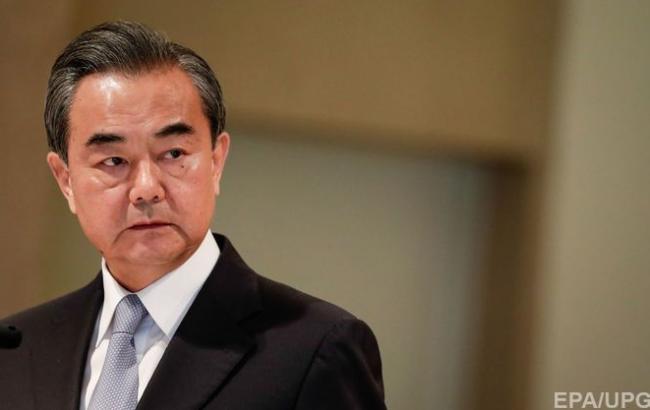Руководитель МИД Китая посетит КНДР со2 по3мая