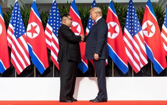 Фото: Кім Чен Ин і Дональд Трамп (twitter.com/whitehouse)