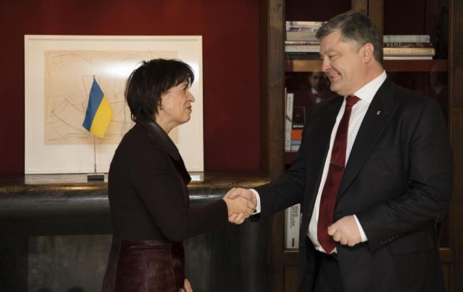 Швейцарія надасть Україні перші 100 млн доларів кредиту у січні