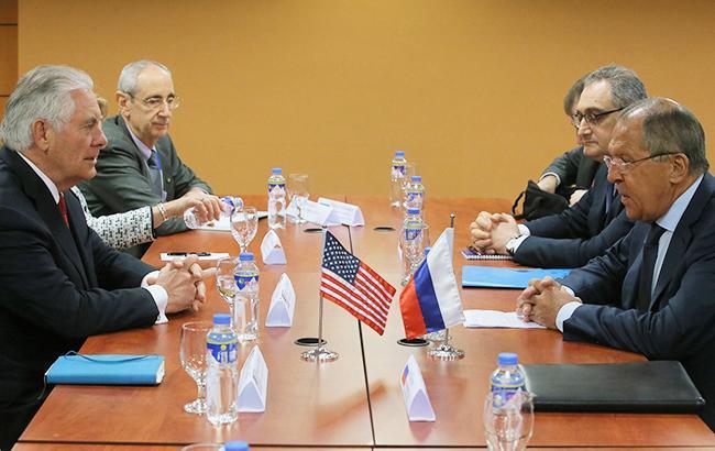 Лавров указал Тиллерсону настатус США вСирии— Незваный гость