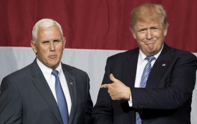 Фото: Майк Пенс станет главой переходной команды Дональда Трампа