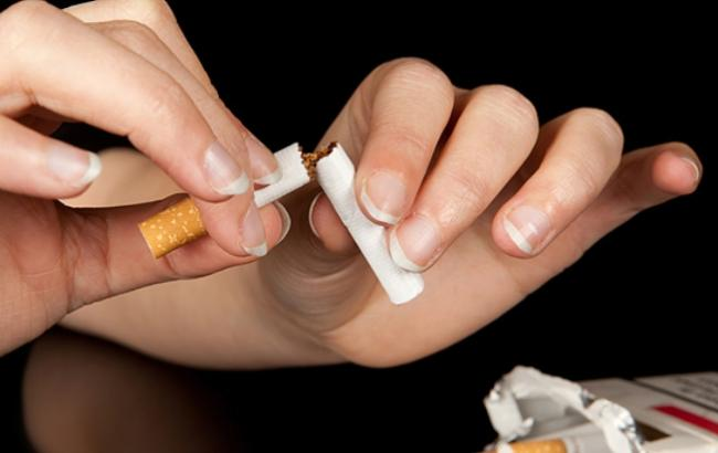 Фото: Краще відмовтеся від куріння