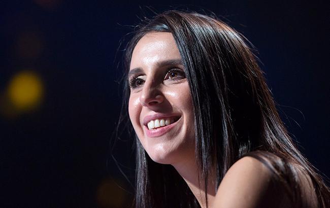 """""""Сиділи-хихотіли"""": Джамала показала забавний ролик, як вона коментувала Євробачення (відео)"""