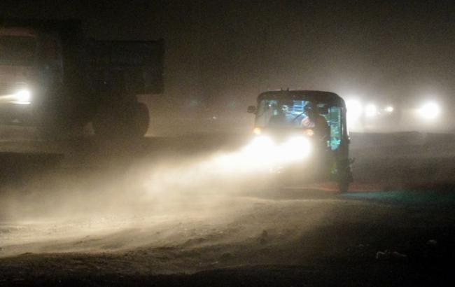 На курорті Кирилівка пройшла піщана буря: відпочиваючі в шоці (відео)