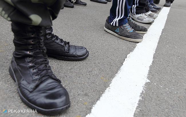 Почти 5 тыс. жителей аннексированного Крыма призвали в российскую армию