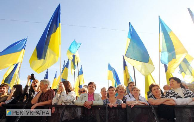 В Україні найбільш активними в системі місцевих петицій ...