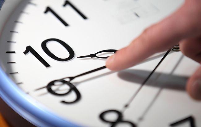 В Кабмине назвали дату перехода на зимнее время