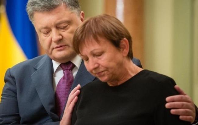 """Фото: Мама вбитого """"кіборга"""" Ігоря Брановицкого (kp.ua)"""