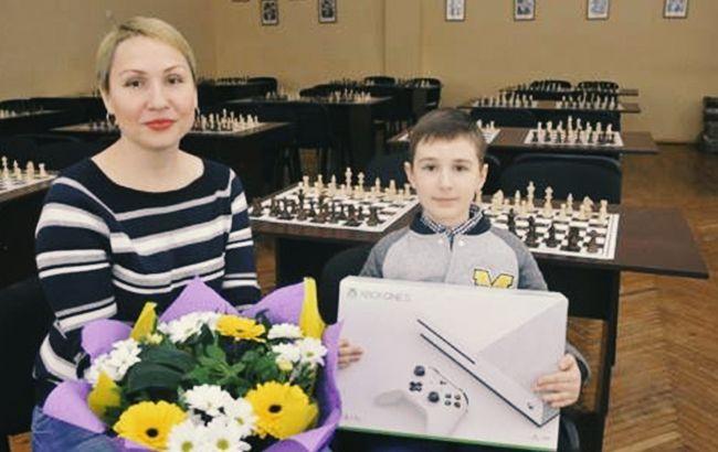 Грановский пообещал поддержку самому юному шахматисту из Харькова