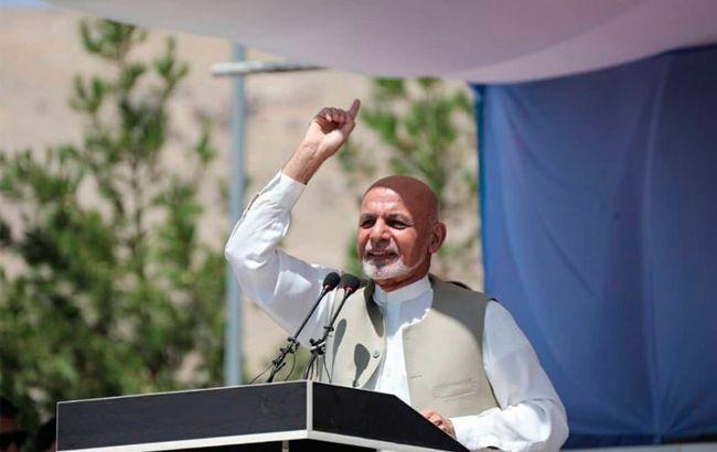 Появилось видео отлета президента Афганистана из страны