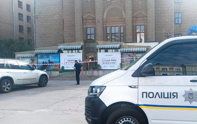 У кафе Харкова знайшли застреленого чоловіка: поліція почала розслідування