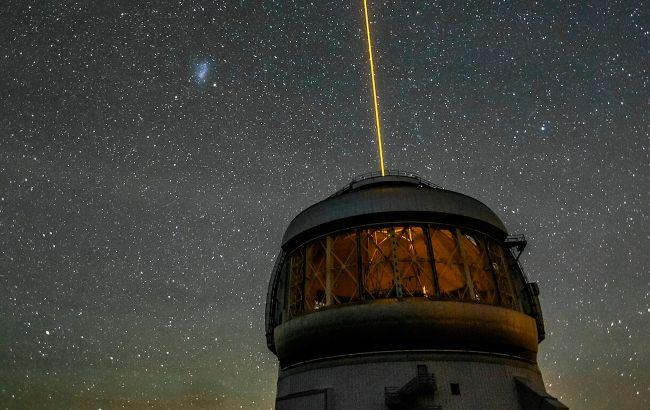 NASA продемонстрировала пурпурный остаток сверхновой: яркий кадр