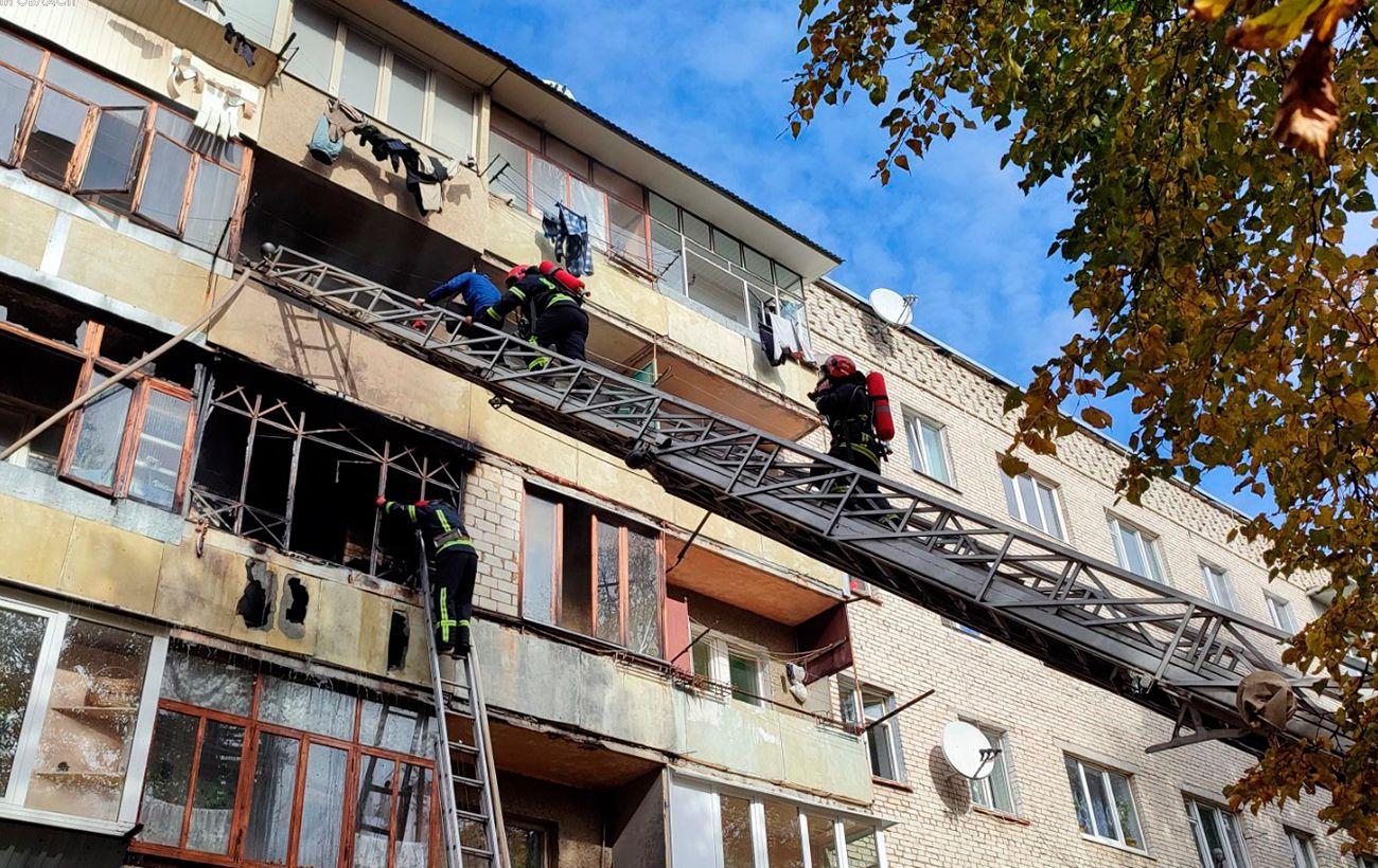 Во Львовской области произошел пожар в жилом доме: есть пострадавшие, среди них дети