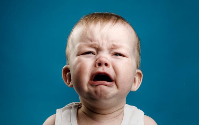 Фото: Младенец плачет