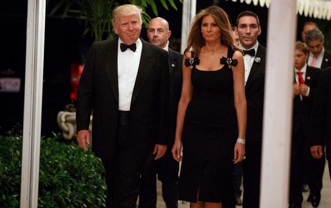 Фото: Мелания Трамп в наряде от Dolce & Gabbana