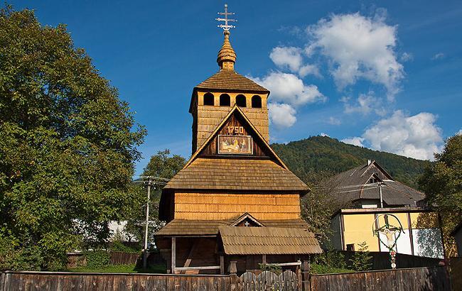 Фото: Церква Різдва Пресвятої Богородиці (uk.wikipedia.org/ © Юрій Крилівець)
