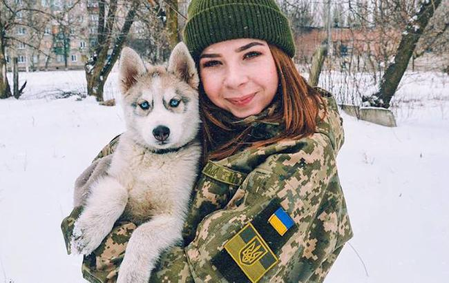Победим врага благодаря женщинам: Порошенко трогательно поздравил украинок с 8 марта